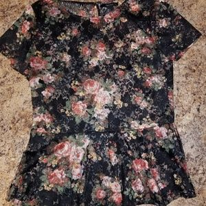 Forever 21 Lace Floral Peplum Top